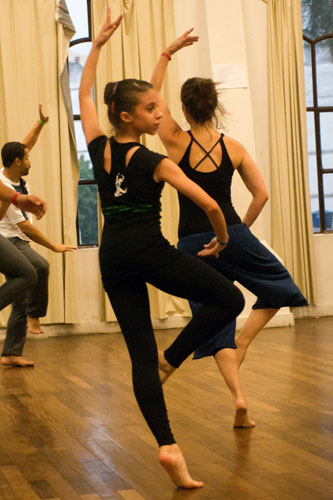 Oficina de Introdução à Dança Moderna